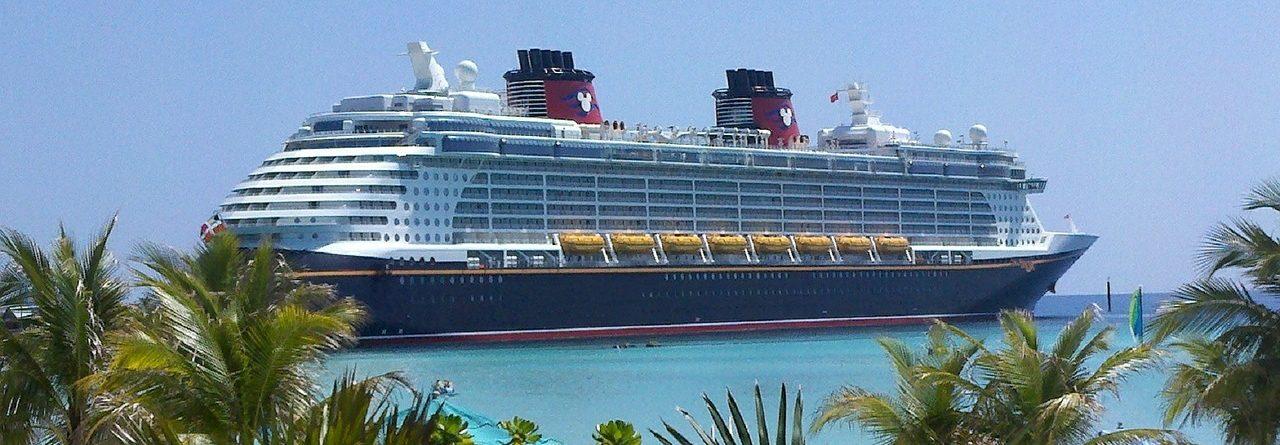 Cruise Plaza